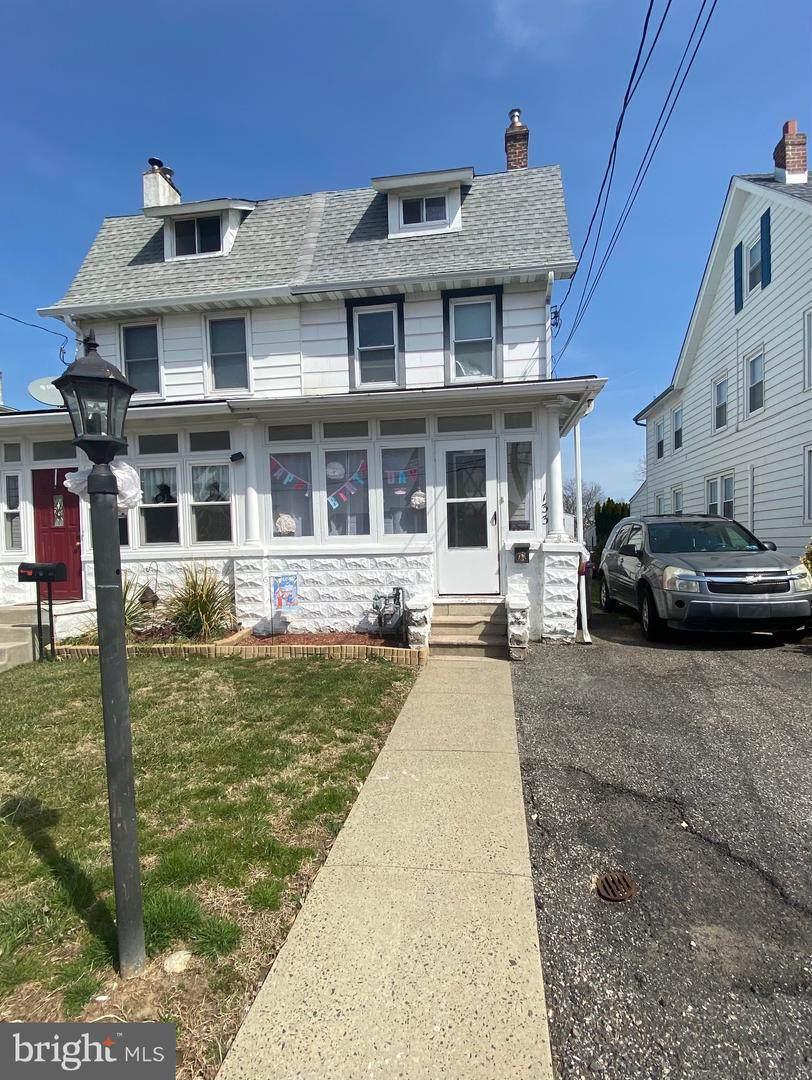 133 Centre Avenue - Photo 1