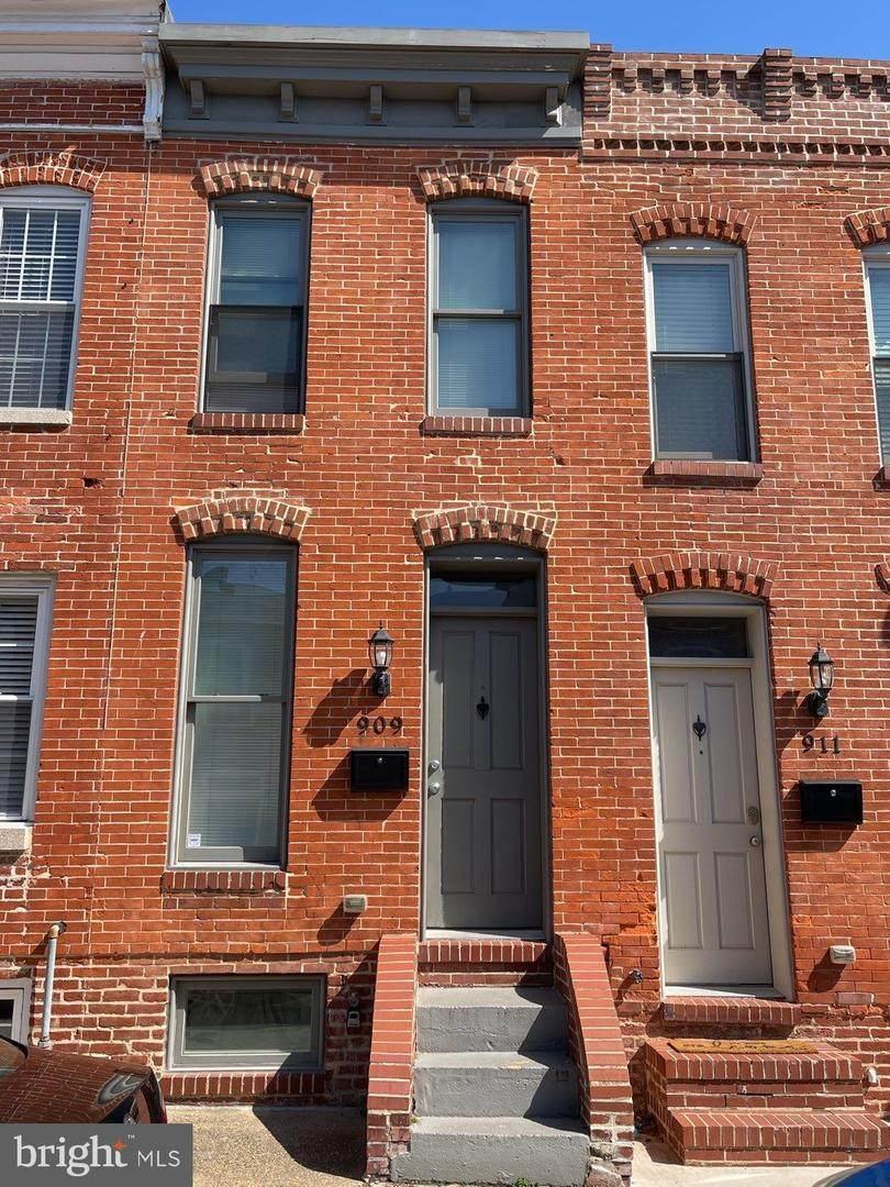 909 Curley Street - Photo 1