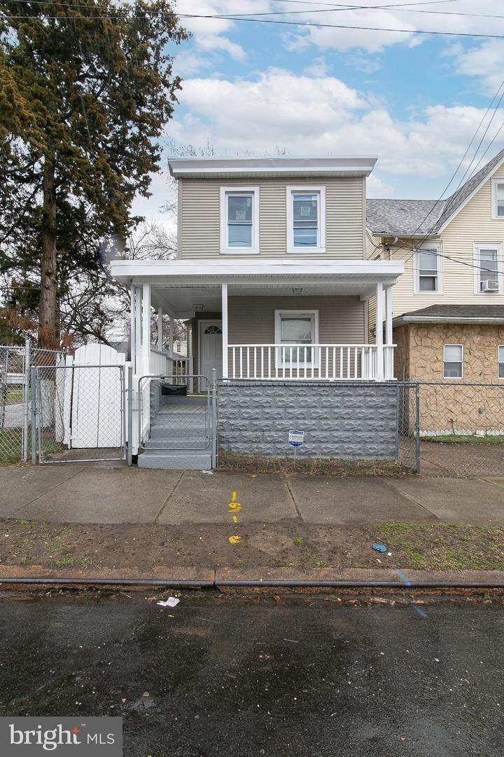 2718 Tyler Street - Photo 1
