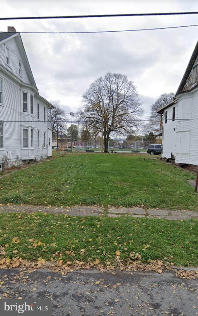 660 Schuylkill Street - Photo 1