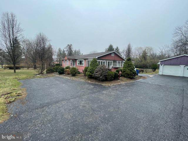 121 S York Road, DILLSBURG, PA 17019 (#PAYK155286) :: The Heather Neidlinger Team With Berkshire Hathaway HomeServices Homesale Realty