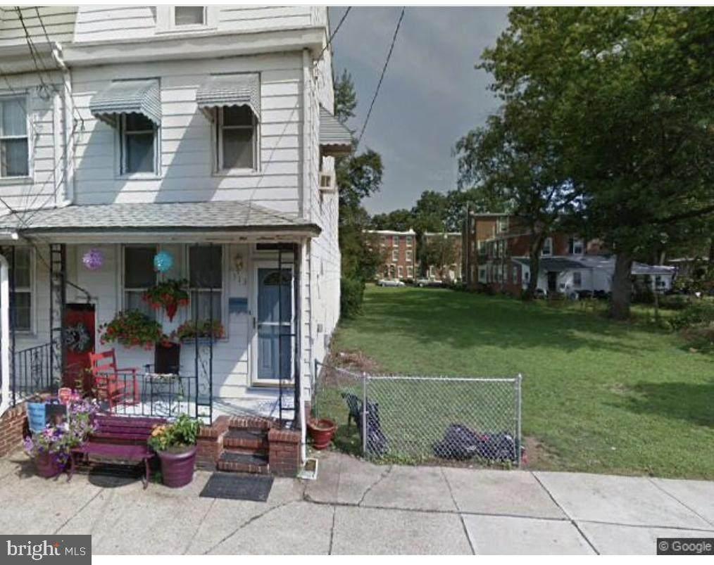 313 Barclay Street - Photo 1
