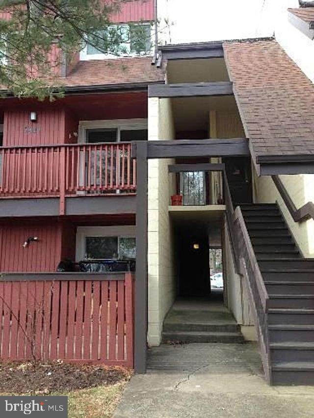 3909 Woodhue Place, ALEXANDRIA, VA 22309 (#VAFX1189500) :: Gail Nyman Group