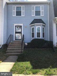 3744 W Silver Park Court W, SUITLAND, MD 20746 (#MDPG601448) :: The Gus Anthony Team