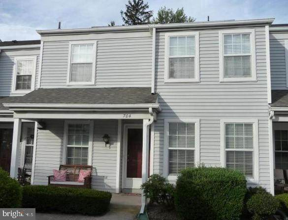 704 Cambridge Court, PALMYRA, PA 17078 (#PALN118556) :: Linda Dale Real Estate Experts