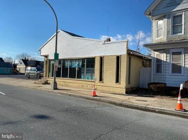 319 W Division Street, DOVER, DE 19904 (#DEKT247626) :: CoastLine Realty