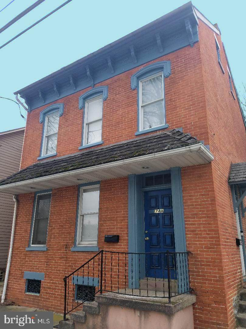 174 Charlotte Street - Photo 1