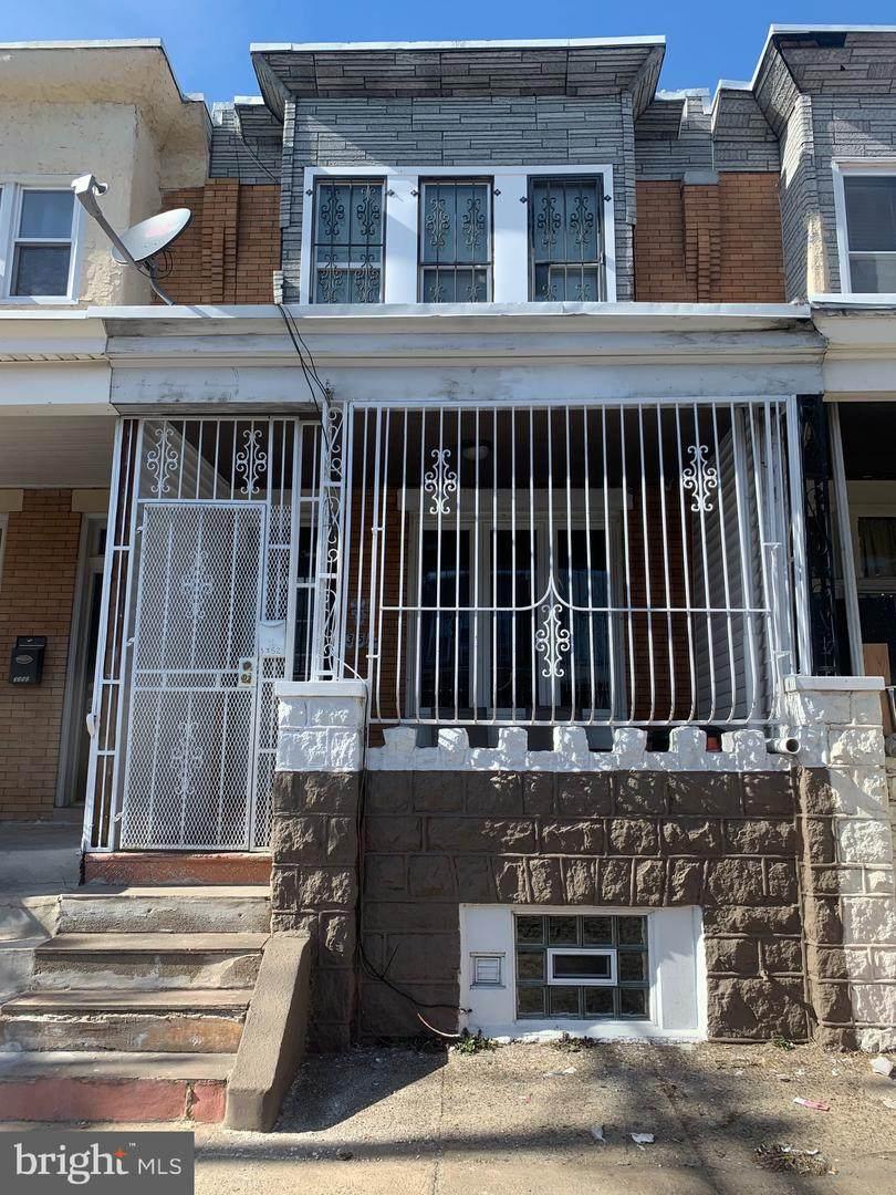 3352 Emerald Street - Photo 1