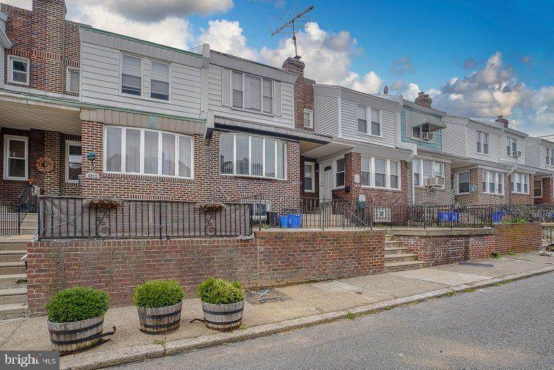4210 Vista Street - Photo 1