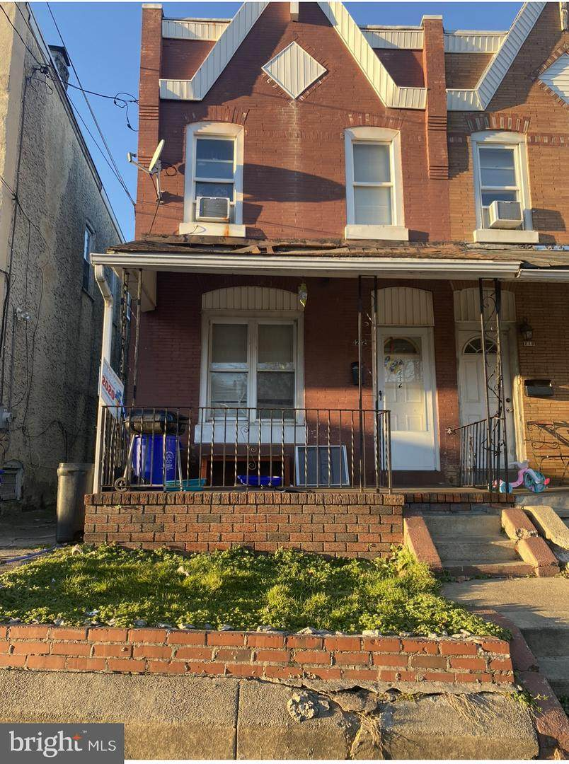 212 5TH Street - Photo 1