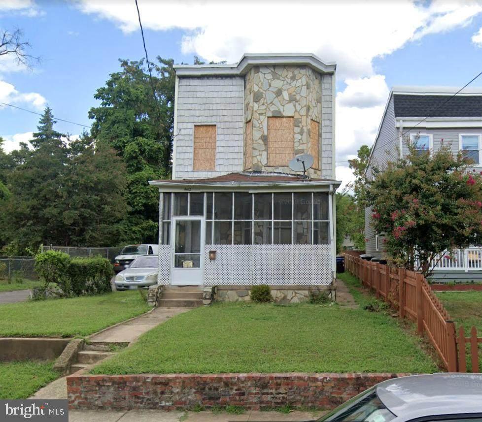 4412 Douglas Street - Photo 1