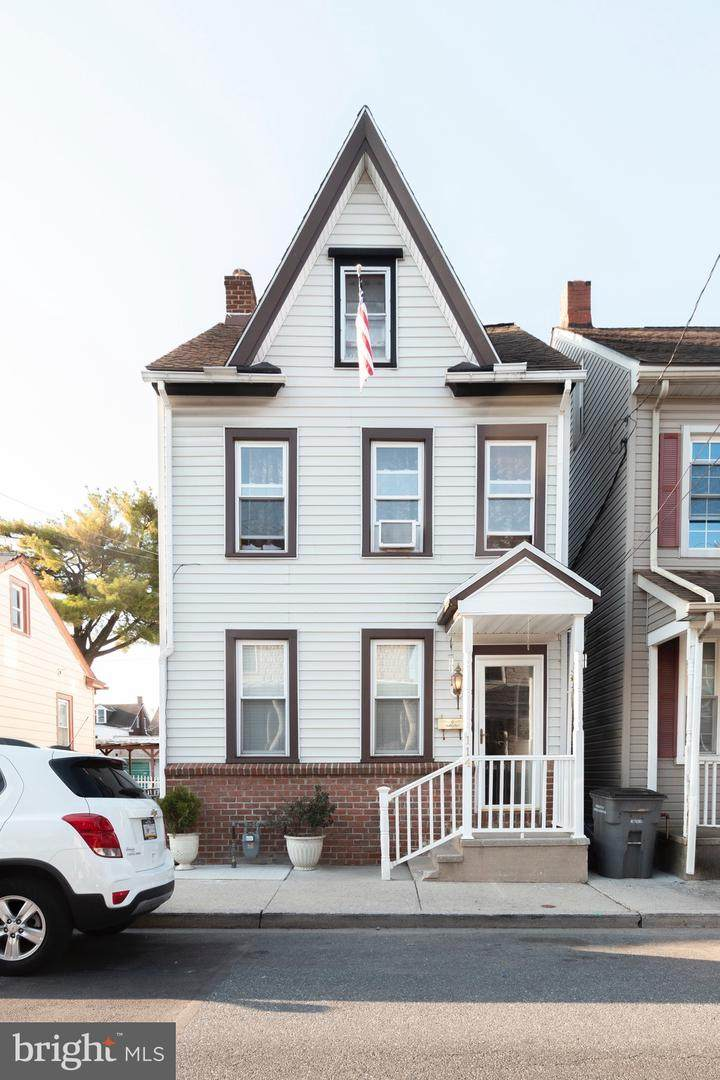 114 Mifflin Street - Photo 1