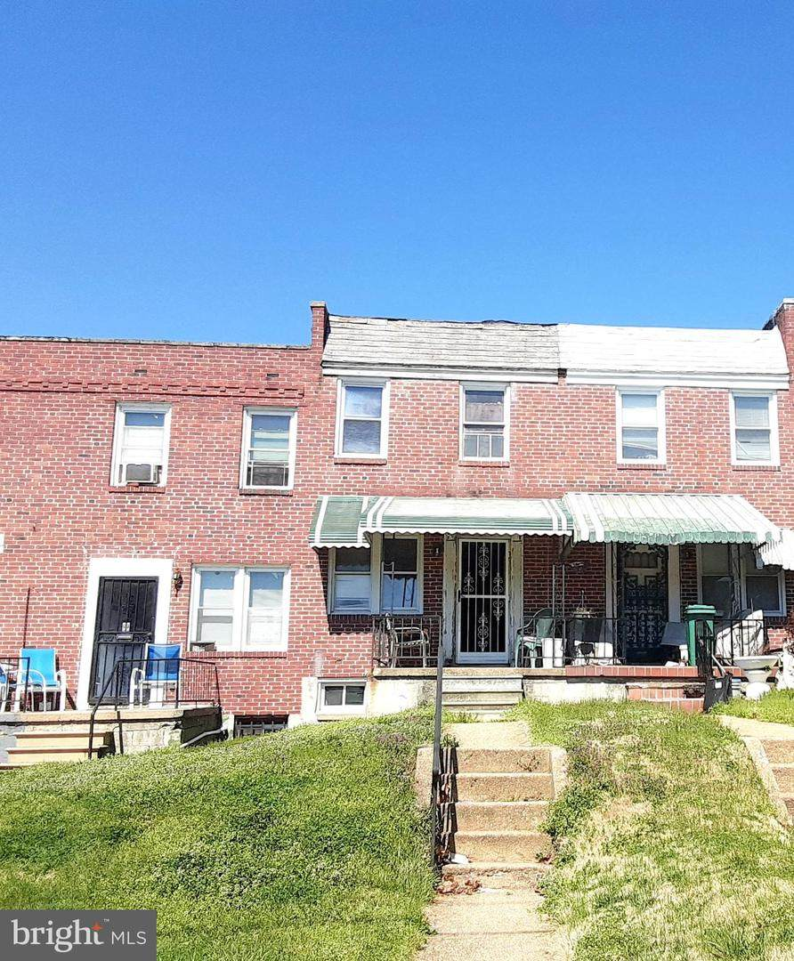 2570 Lafayette Avenue - Photo 1