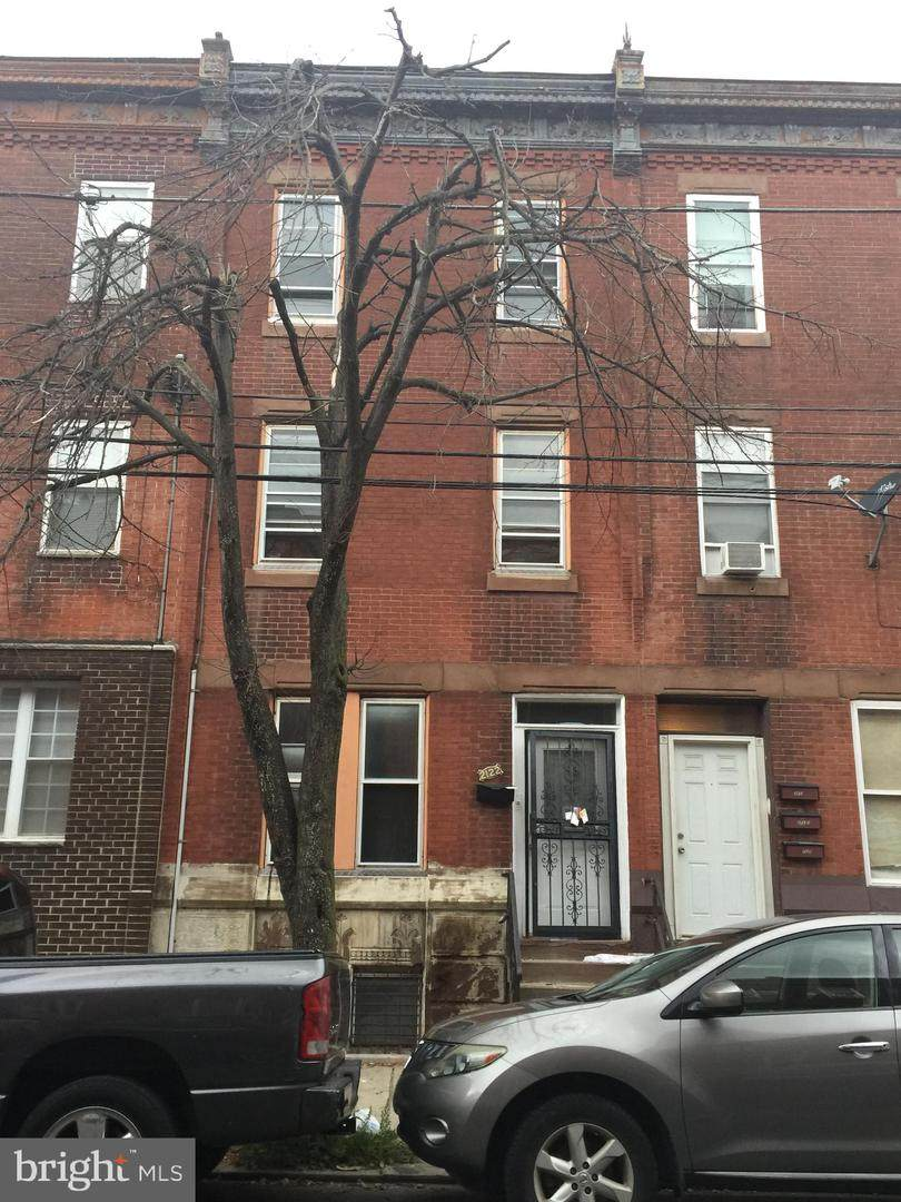 2122 15TH Street - Photo 1