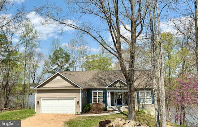 129 Shady Oaks Lane, LOUISA, VA 23093 (#VALA122988) :: Jim Bass Group of Real Estate Teams, LLC