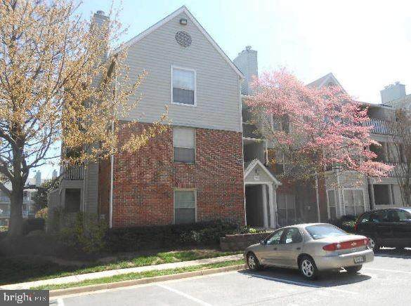 3909 Penderview Drive #1903, FAIRFAX, VA 22033 (#VAFX1192002) :: AJ Team Realty