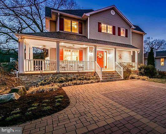 8084 Belhaven Avenue, PASADENA, MD 21122 (#MDAA464482) :: The Riffle Group of Keller Williams Select Realtors