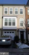 22447 Glenbow Way, CLARKSBURG, MD 20871 (#MDMC752308) :: Dart Homes