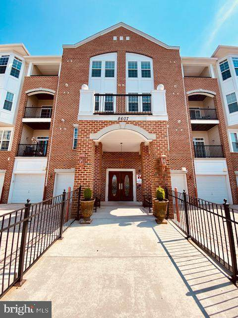 8607 Wintergreen Court #105, ODENTON, MD 21113 (#MDAA464494) :: SP Home Team