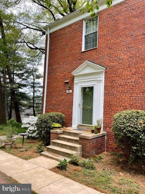 3546 Martha Custis Drive, ALEXANDRIA, VA 22302 (#VAAX258334) :: The Vashist Group