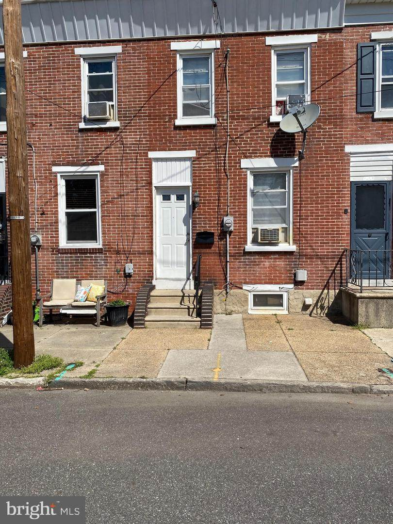 821 Paul Street - Photo 1