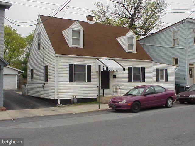 9 N Washington Street, SHIPPENSBURG, PA 17257 (#PACB133774) :: Bowers Realty Group