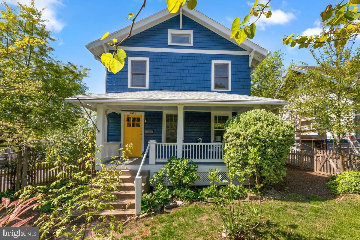 439 Ethan Allen Avenue - Photo 1