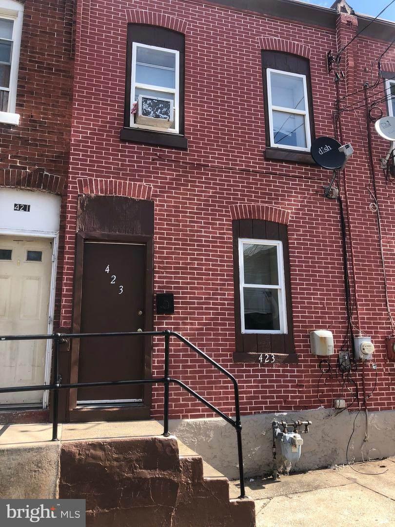 423 Oak Street - Photo 1