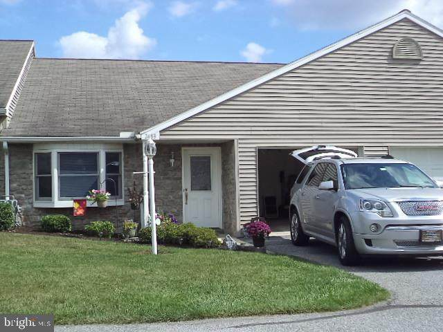2483 Pin Oak Drive #66, YORK, PA 17406 (#PAYK156566) :: The Jim Powers Team