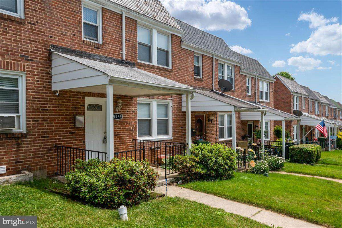 5959 Benton Heights Avenue - Photo 1