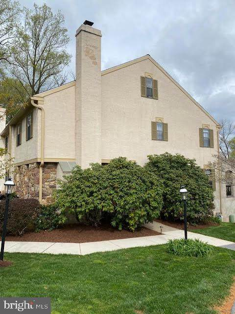 801 Andover Court, WEST CHESTER, PA 19382 (#PACT534020) :: The John Kriza Team