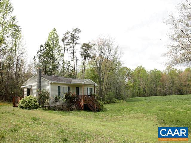 3843 Buckner Rd, BUMPASS, VA 23024 (#616294) :: Arlington Realty, Inc.