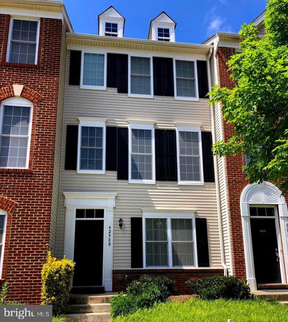 42900 Pamplin Terrace - Photo 1