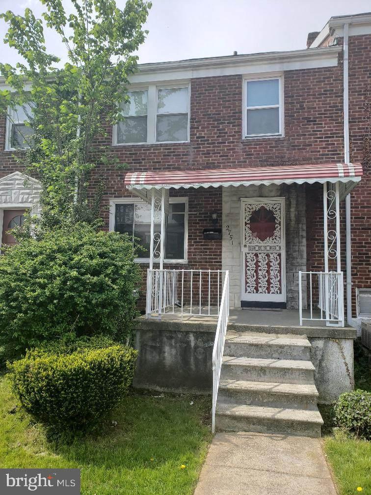 2751 Pelham Avenue - Photo 1