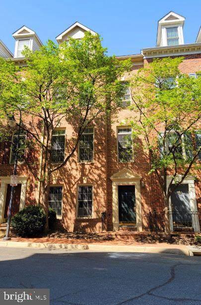 1328 N Adams Court, ARLINGTON, VA 22201 (#VAAR180114) :: Grace Perez Homes