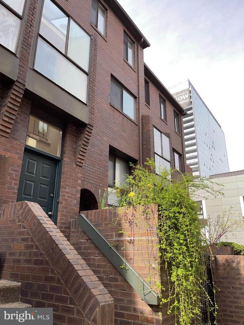 2201-09 Arch Street - Photo 1