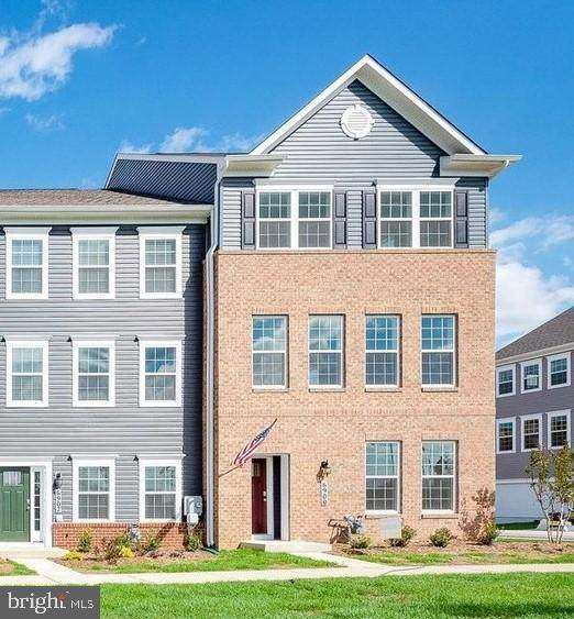 5011 Ironsides Drive, FREDERICK, MD 21703 (#MDFR281326) :: Dart Homes