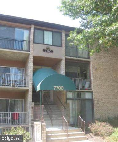 7700 Hanover Parkway #103, GREENBELT, MD 20770 (#MDPG604312) :: John Lesniewski | RE/MAX United Real Estate