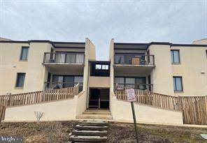 10117 Prince Place 302-2B, UPPER MARLBORO, MD 20774 (#MDPG604410) :: John Lesniewski | RE/MAX United Real Estate