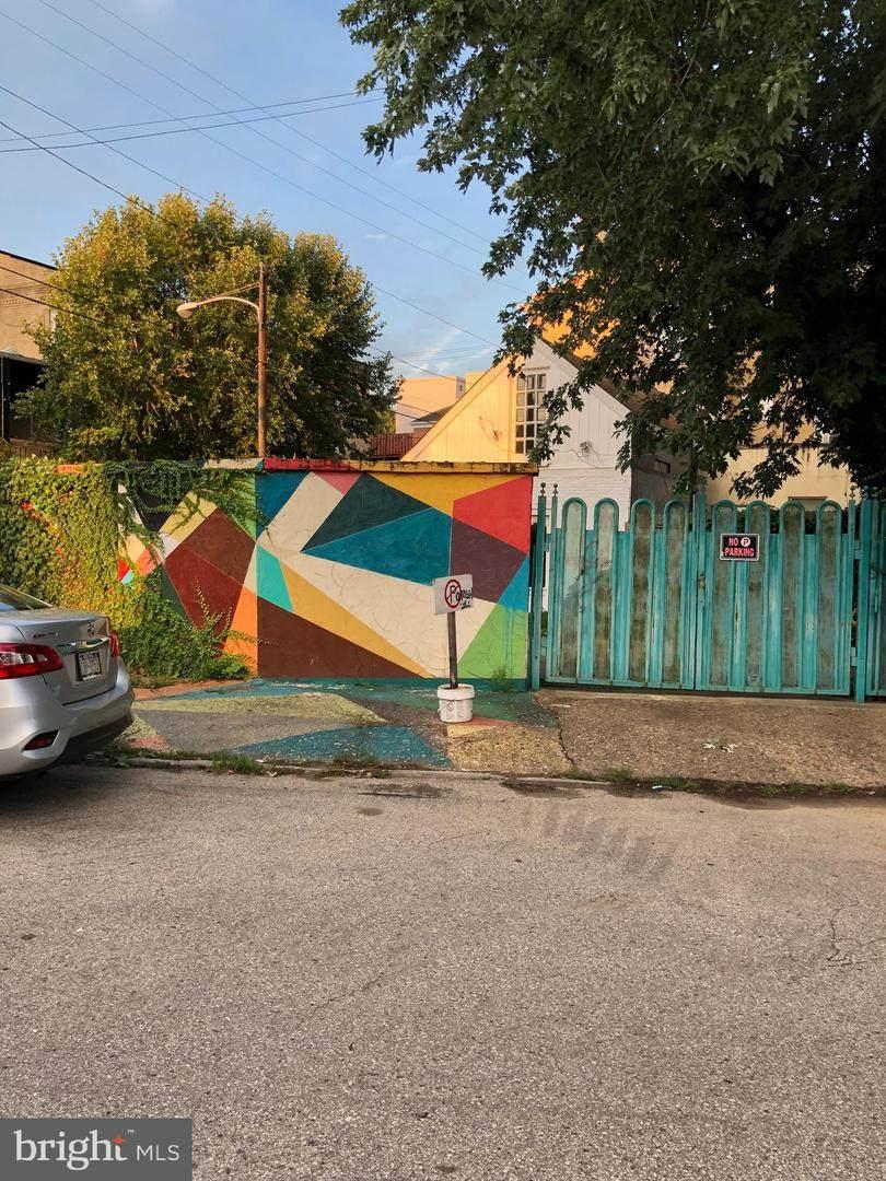 428-30 Thompson Street - Photo 1