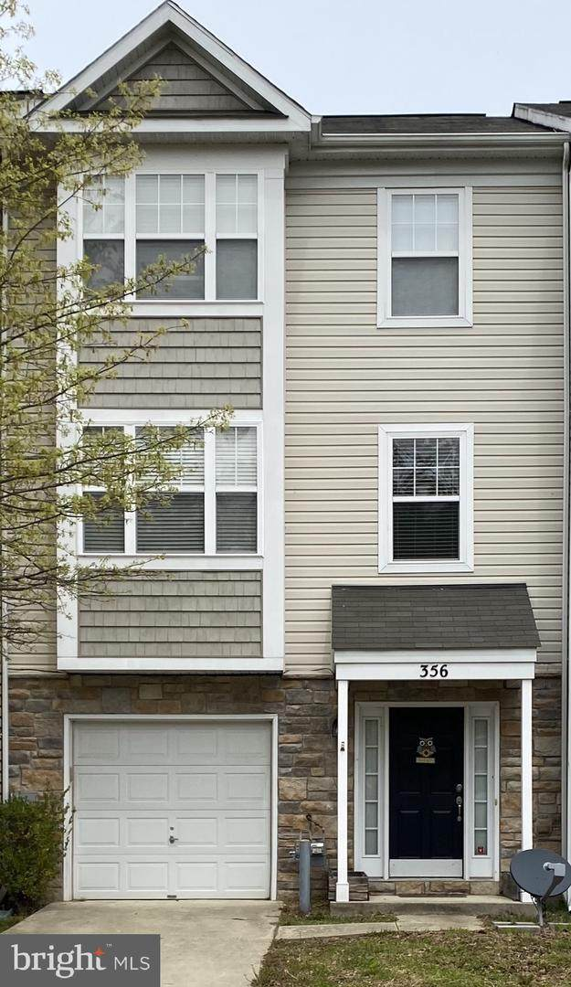 356 English Oak Lane, PRINCE FREDERICK, MD 20678 (#MDCA182532) :: The Riffle Group of Keller Williams Select Realtors