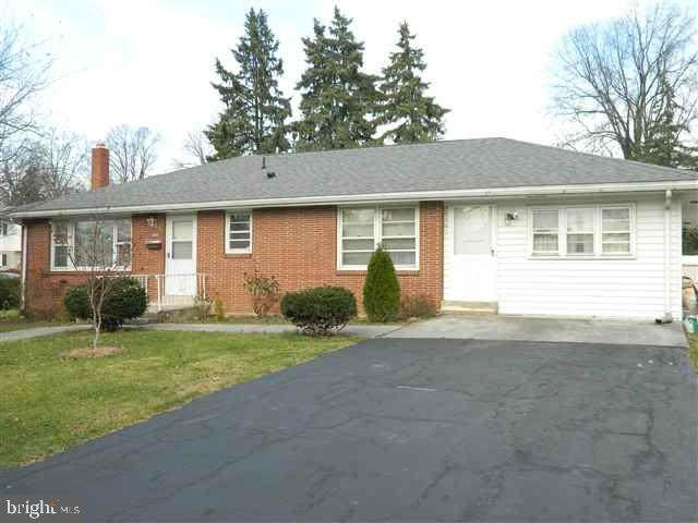 3298 Walnut Street, CAMP HILL, PA 17011 (#PACB134444) :: The Joy Daniels Real Estate Group