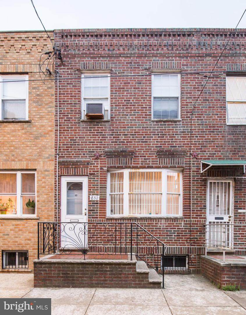 832 Mcclellan Street - Photo 1