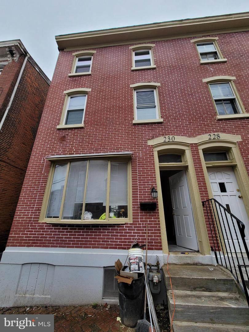 230 Oak Street - Photo 1