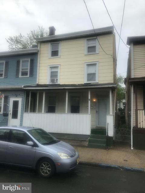 324 Bergen Street - Photo 1