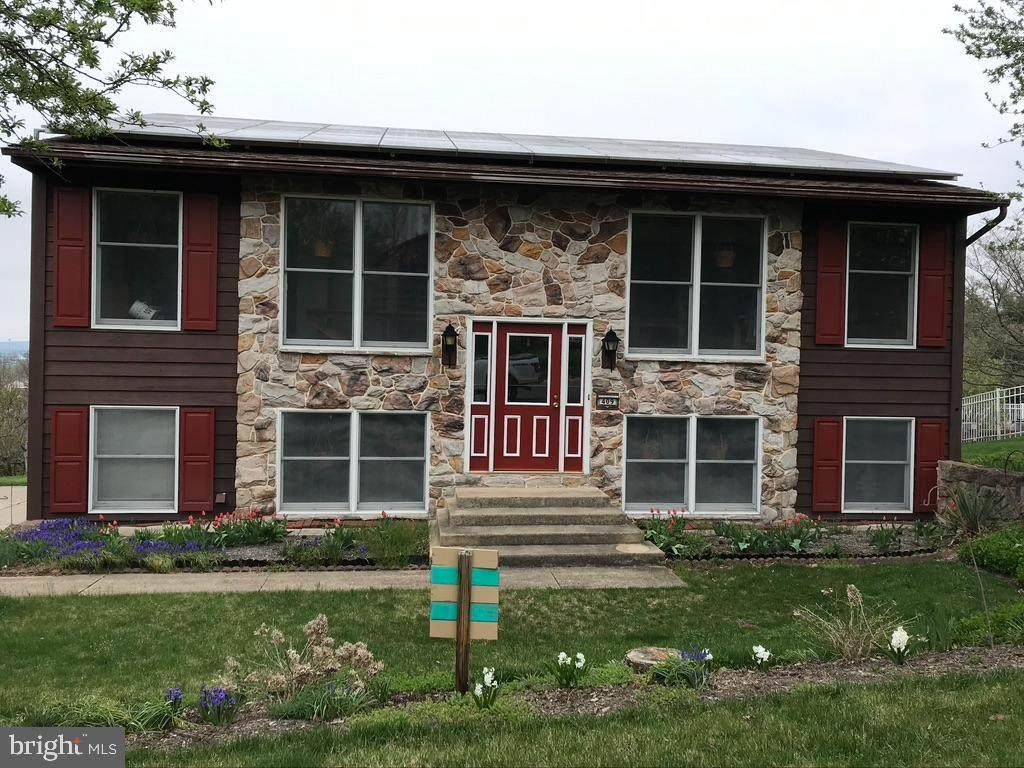 409 Edgehill Drive - Photo 1