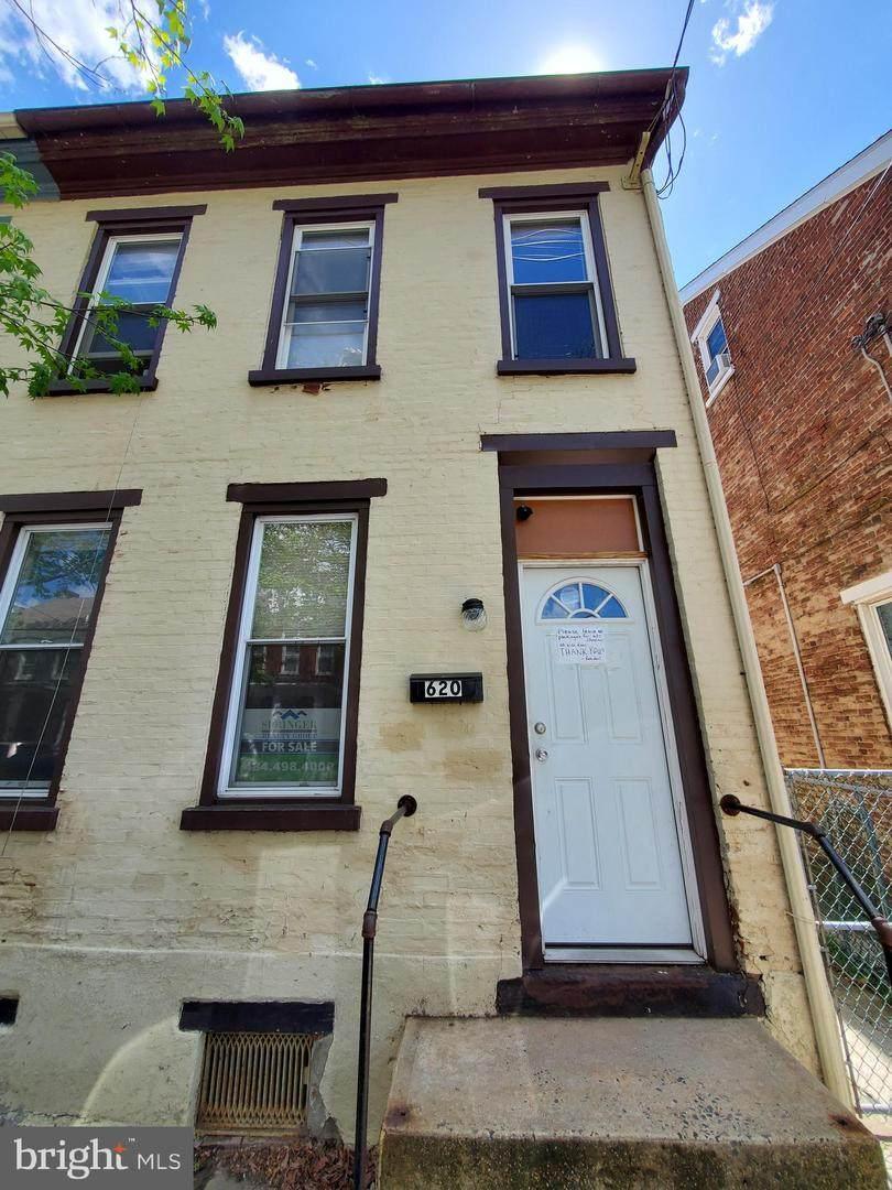 620 Chestnut Street - Photo 1