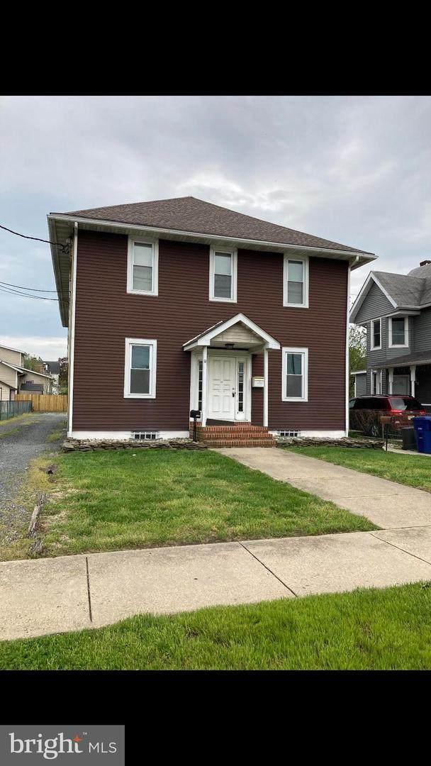 302 New Jersey Avenue, RIVERSIDE, NJ 08075 (#NJBL396884) :: Century 21 Dale Realty Co