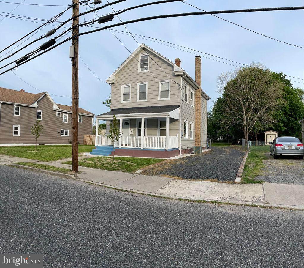 302 Chestnut Street - Photo 1