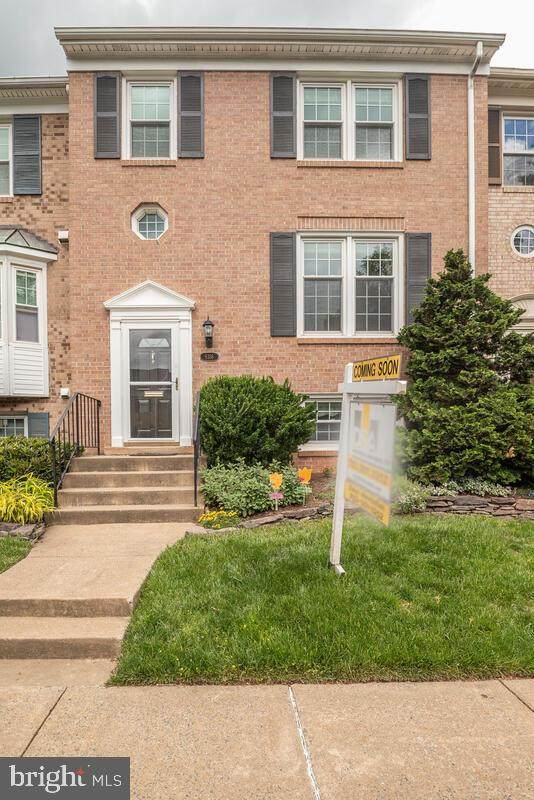 9316 Millbranch Place, FAIRFAX, VA 22031 (#VAFX1199454) :: ExecuHome Realty